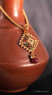 gold-jewellery-product-photography-pune